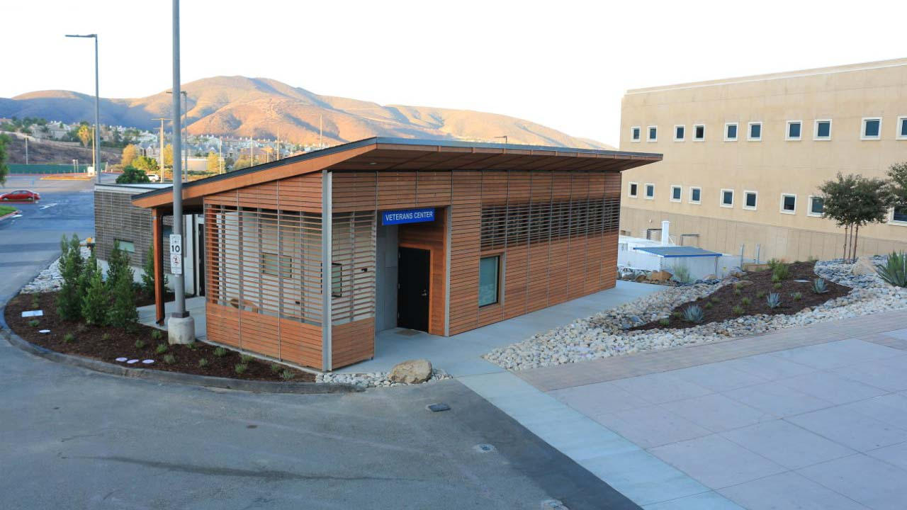 Htk-csusm-veterans-center_0004_Layer 1